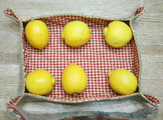 burklap tray with Lemon ecokaren